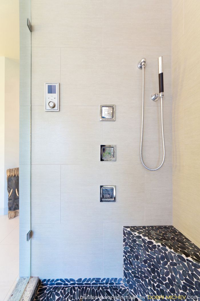 kerdiboard frames the inside niche while acting as a waterproof backer board on the wall of this bathroom