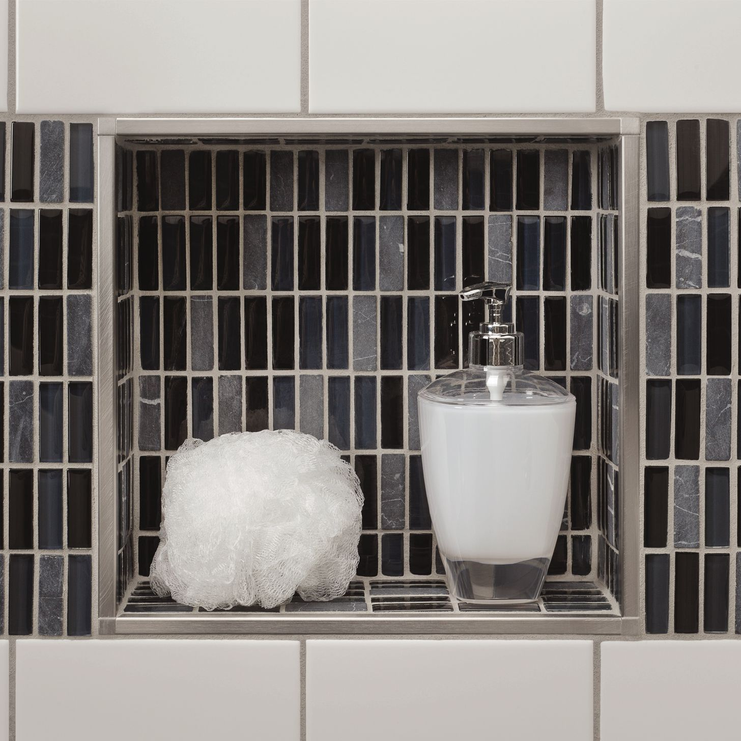 Shower with bathtub | schluter.ca