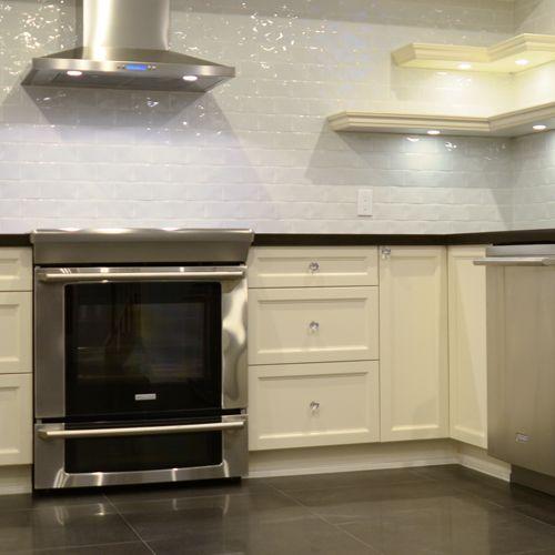 Kitchen in Contrast