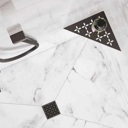 Shower Accessories in Matte Black
