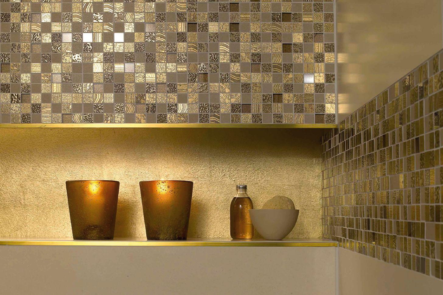 le bain des rois. Black Bedroom Furniture Sets. Home Design Ideas